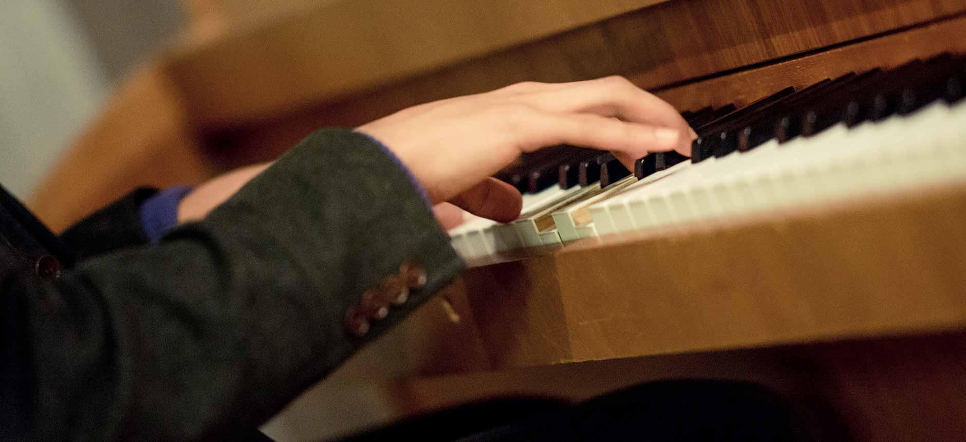 Piano(20)